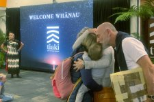 Di trú: Cha mẹ từ ngoại quốc từ bây giờ sẽ được đến Úc để thăm con